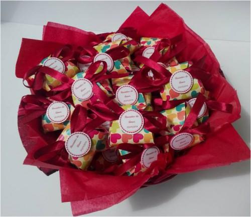 portfolio 14/15  - Bolsa em EVA artesanal com sabonete com mensagem