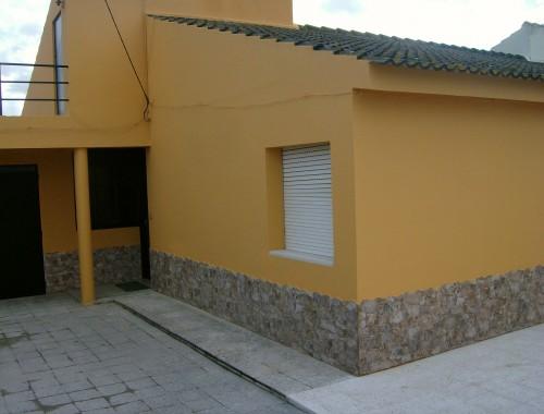 portfolio 19/44  - Remodelação e pintura de vivenda no Faralhão