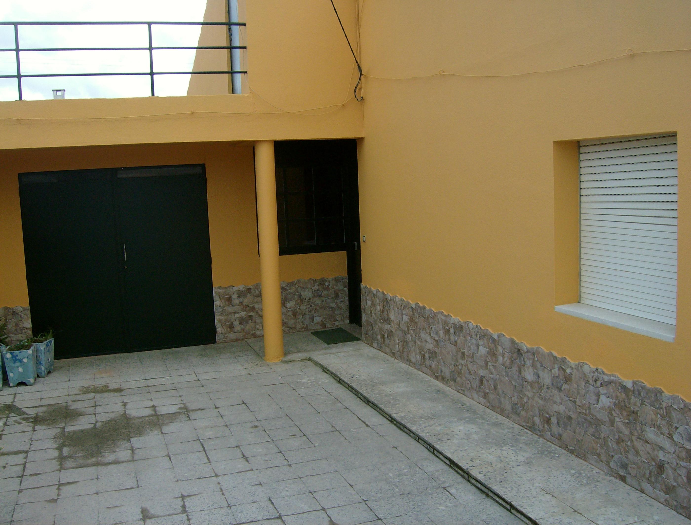 portfolio 44/44  - Remodelação e pintura de vivenda no Faralhão