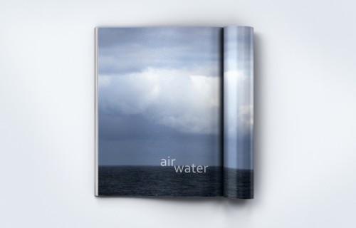 portfolio 3/15  - Edição digital, crónica fotográfica da autora GMoura, co-produção D'Almeida (texto) > Paginação e arte final