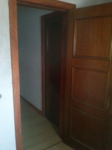 portfolio 10/37  - portas assentes em monforte da beira , vivenda