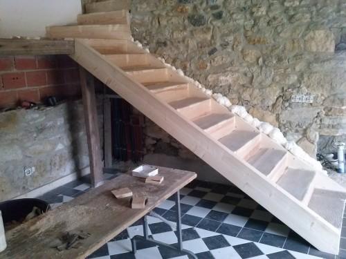 portfolio 5/37  - escada feita em alcainça , habitação rural