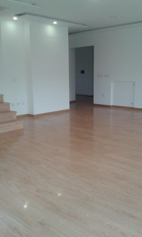 portfolio 6/22  - pavimento e escada