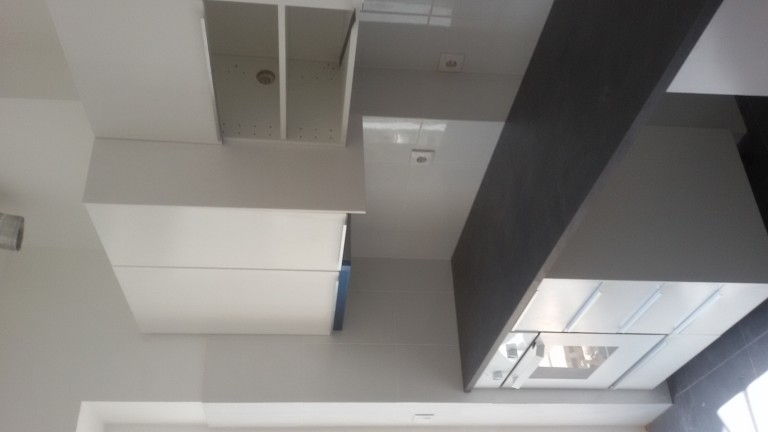 portfolio 42/140  - Montagem de cozinhas em cinco apartamentos