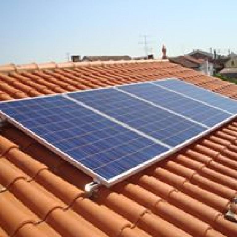 portfolio 6/7  - Sistema Solar Fotovoltaico Autoconsumo 1000Wp