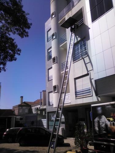 portfolio 37/40  - Serviço Elevador Exterior em Apartamentos