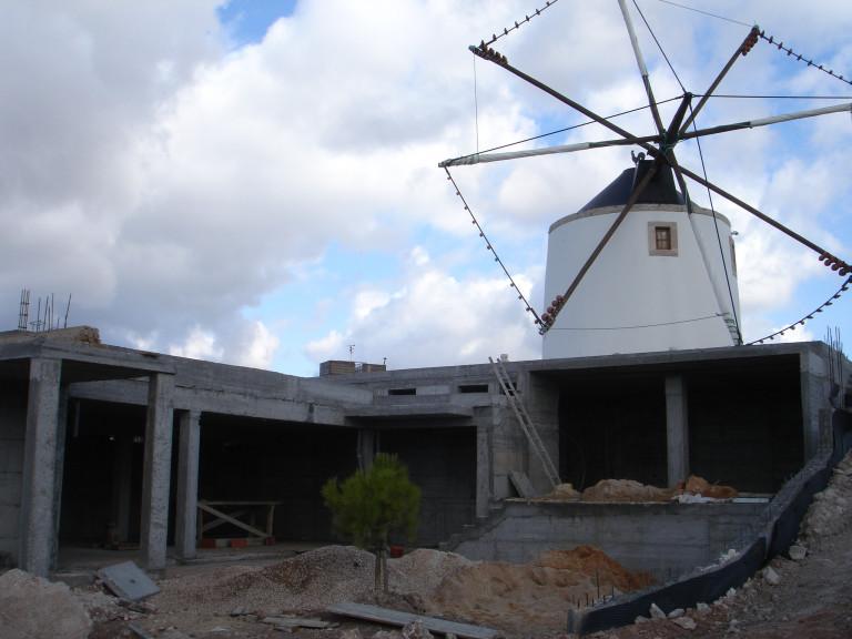 portfolio 1/3  - Reabilitação de moinho de vento e adaptação de instalações para  Turismo Rural em Penedo, Torres Vedras