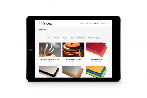 portfolio 8/17  - Desenvolvemos websites que se adaptam a diferentes dispositivos, perfeitamente optimizados para smartphones ou tablets.