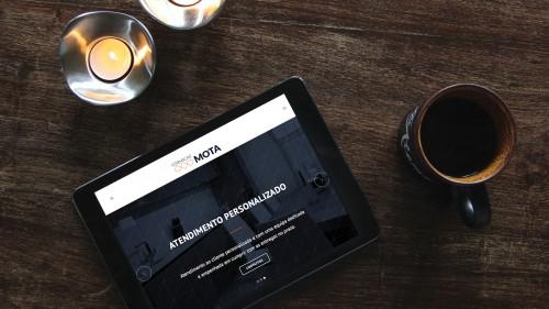 portfolio 7/17  - Desenvolvemos websites que se adaptam a diferentes dispositivos, perfeitamente optimizados para smartphones ou tablets.