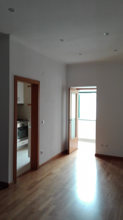 portfolio 24/25  - Renovação de apartamento em Campo de Ourique 2015
