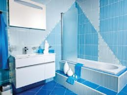 portfolio 35/39  - remodelaçao de wc substituiçao de banheira -poliban e de loiças na totalidade canalozaçao azulejos e pinturas