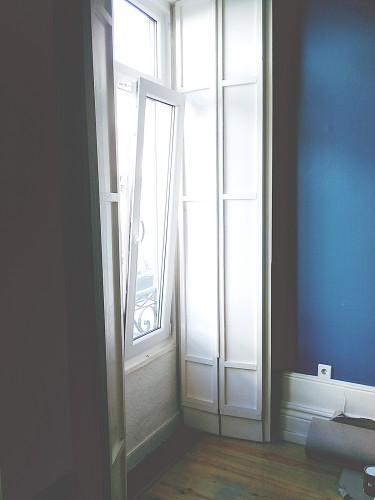 portfolio 2/3  - Uma janela oscilo-batente